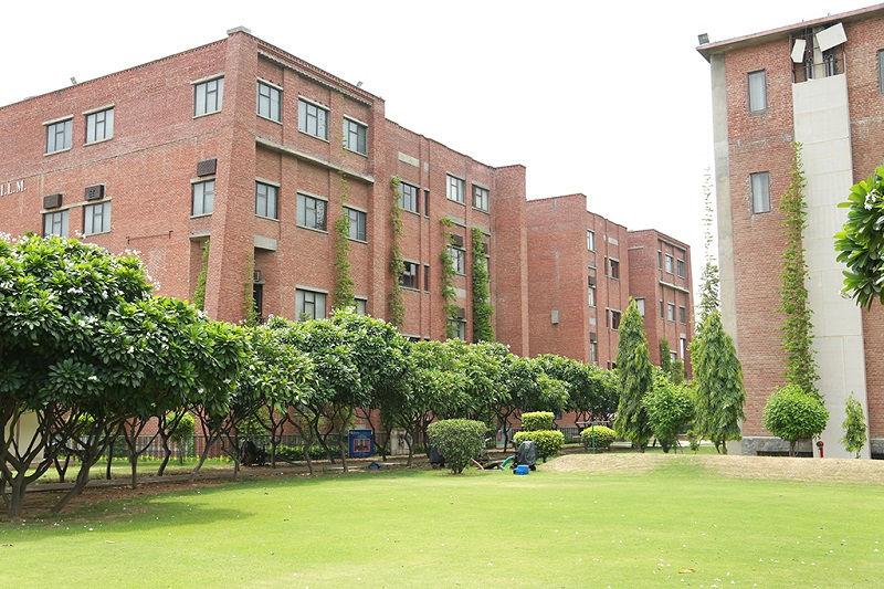 Iilm Gradauate School of Management - Noida