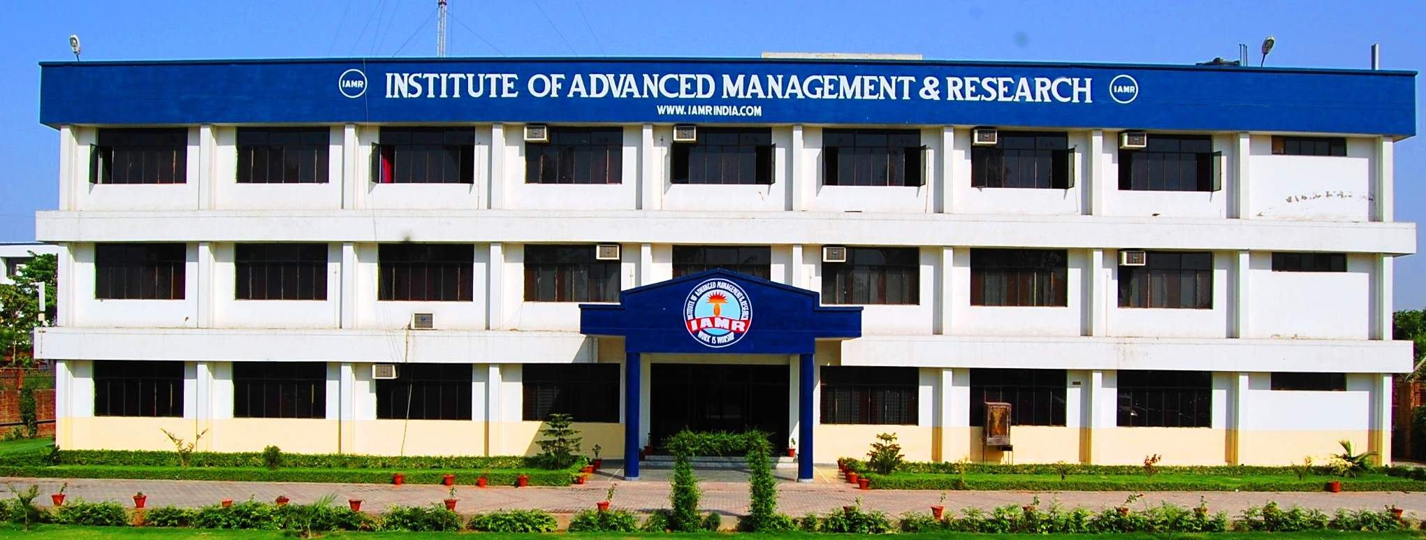IAMR - INSTITUTE OF ADVANCED MANAGEMENT RESEARCH